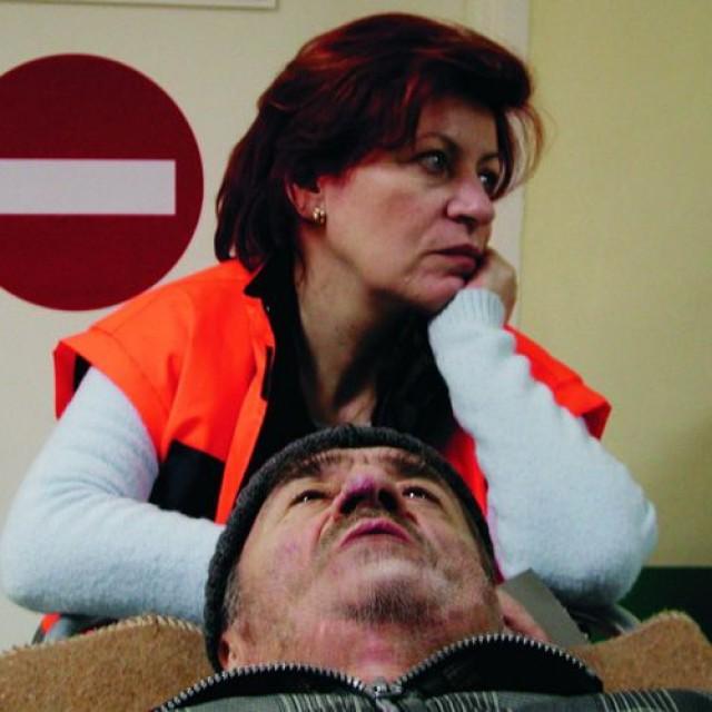 Moartea domnului Lăzărescu (2005)