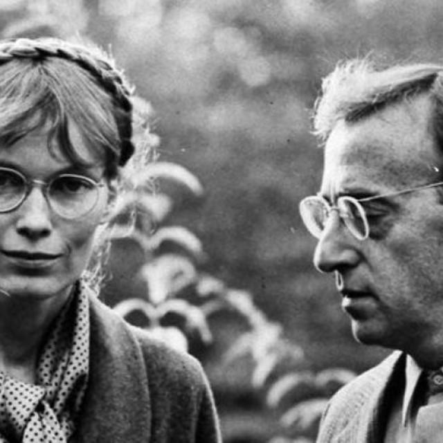 """""""Zelig"""", cu Woody Allen şi Mia Farrow, deschide AAFF 2016"""