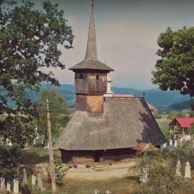 """Documentarul """"Biserici de lemn din România"""", proiectat la IPIFF Bucureşti"""