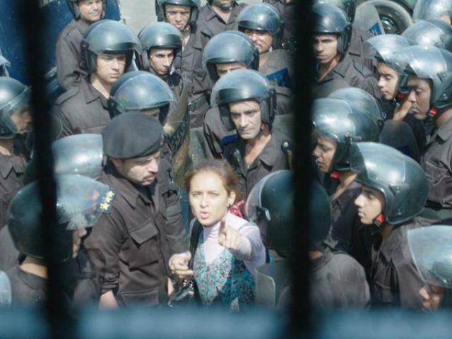 """""""Ciocnirea""""/ """"Clash"""", filmul despre Primăvara Arabă, a câştigat trofeul Cinepolitica 2017"""