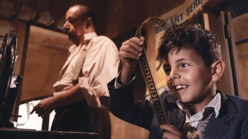 """""""Cinema Paradiso"""", filmul lui Giuseppe Tornatore, proiectat în aer liber la Opera Comică pentru Copii"""