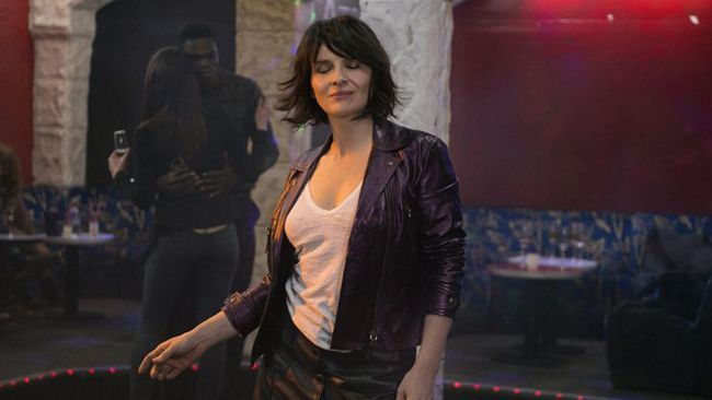 """Juliette Binoche în filmul """"Un beau soleil intérieur"""""""
