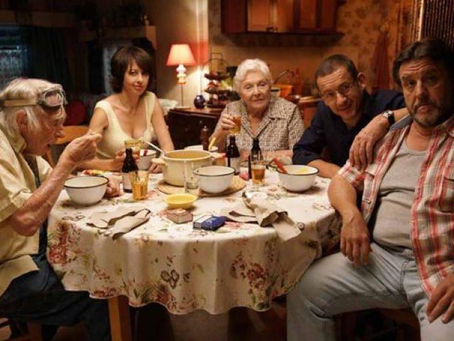 """""""Familia mea nebună"""""""